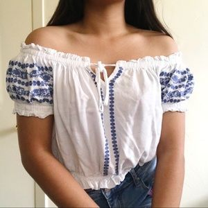 FOREVER21   white an off shoulder top
